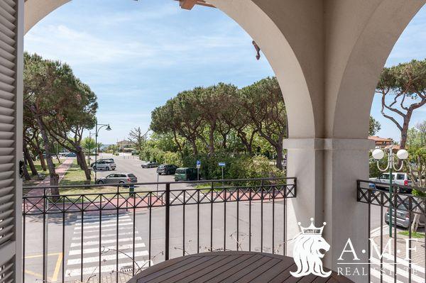 V18111-CS Apartments for Sale Forte dei Marmi